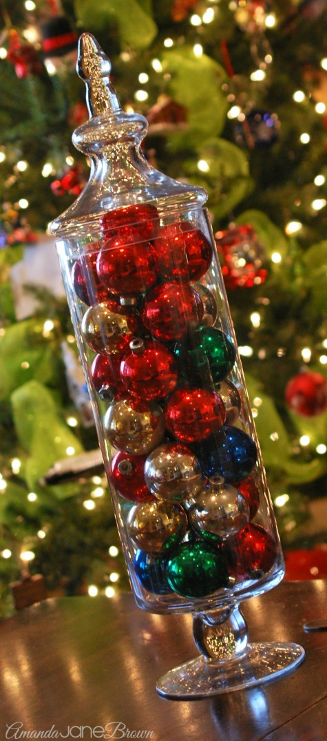 Easy Last-Minute Christmas Decorations - Amanda Jane Brown