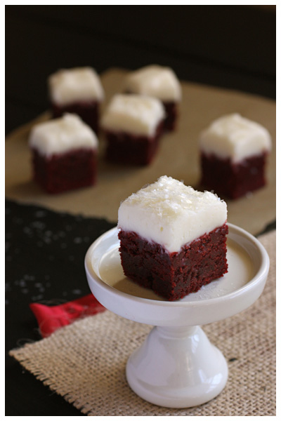 400_X_IMG_2545_red_velvet_brownies