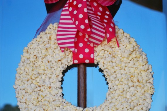 Popcorn Wreath Tutorial